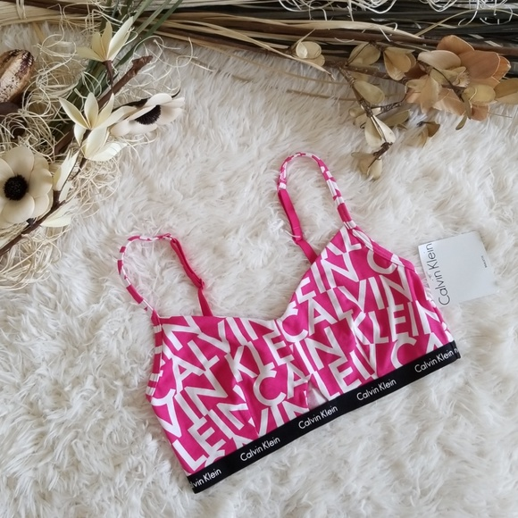 03486141269a4 Calvin Klein Hashtag Triangle Bralette in Pink